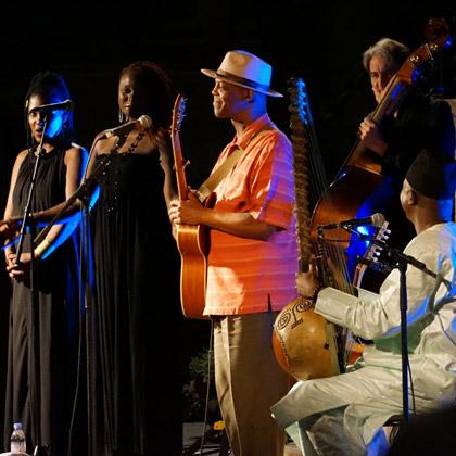 http://festivaljazzsaintgermainparis.com/wp-content/uploads/2014/01/eric-bibb-cover.jpg